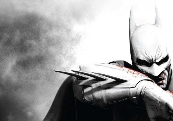 Batman Arkham City: Arkham City levou a fórmula de Asylum para outro nível, em um mapa maior, com mais mecânicas, porém, mantendo a essência do que tornou Asylum um grande jogo.