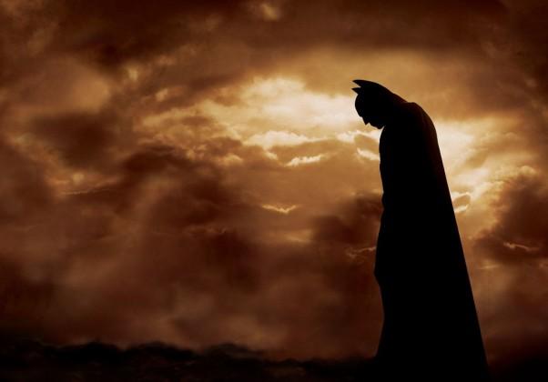 Batman Begins: Marca o início da trilogia de Christopher Nolan, até então, a saga mais querida do herói no cinema.