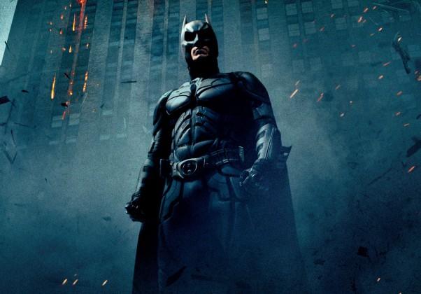O Cavaleiro das Trevas: Segundo título da trilogia Nolan, é considerado por muitos o melhor filme do Batman já feito.