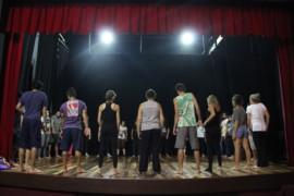 Como estudar a magia do teatro