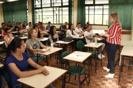 Superação: secretariado vai à escola – Universidade Aberta